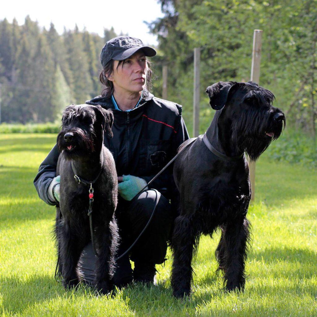 Yrittäjyyden vastapainona Raila Arppella on jo vuosia kestänyt koiraharrastus